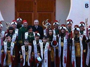 Müslümanlar ve Hristiyanlar Festivali'nin gözdesi Türkler Grubu