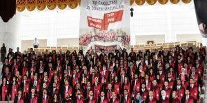 NEÜ Meram Tıp Fakültesi öğrencilerinin mezuniyet sevinci