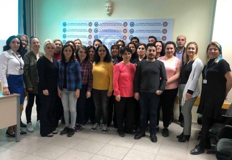ESOGÜ Hastanesi'nde Ameliyathane Hemşireliği Sertifika Programı başladı