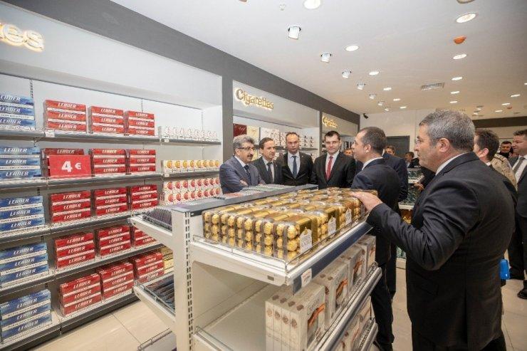 Kapıköy Gümrük Kapısındaki ilk mağaza açıldı