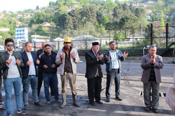 Kozlu'da madenci kurban kesti