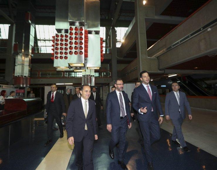 """Bakan Kasapoğlu: """"Sporun birleştirici etkisini ön plana çıkarmak için tüm paydaşlara iş düşüyor"""""""