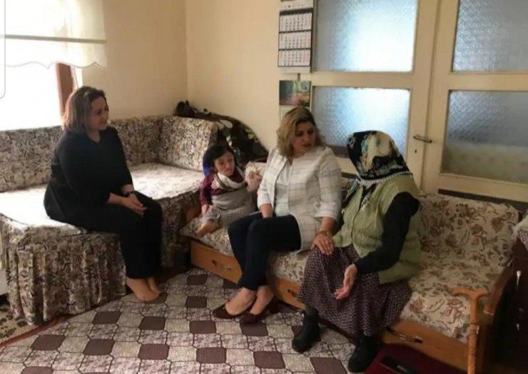 Şefkat eli projesi kapsamında aile ziyaretleri sürüyor