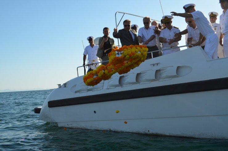 Didim'de deniz şehitleri anısına çelenk bırakıldı