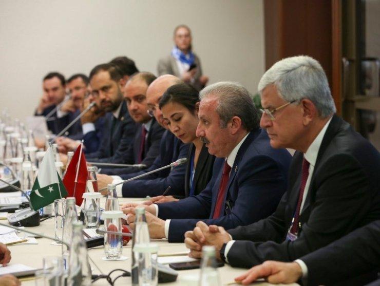 TBMM Başkanı Şentop Rusya'da mevkidaşlarıyla bir araya geldi
