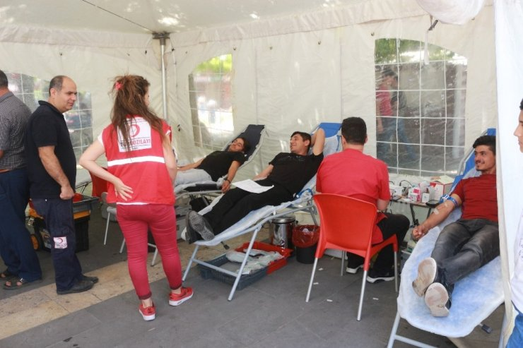 Adıyaman'da kan bağışlarında düşüş yaşanıyor