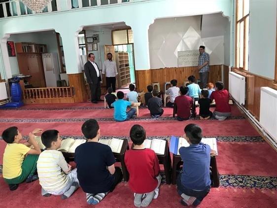 Altıntaş ve köylerinde Yaz Kur'an Kursları'na ilgi