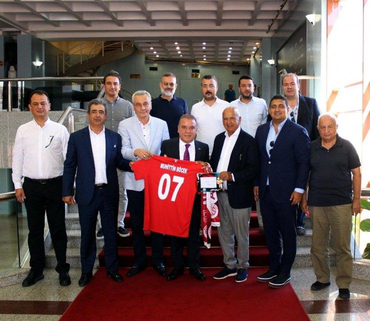 Antalyaspor Derneği yeni yönetiminden ziyaret turu