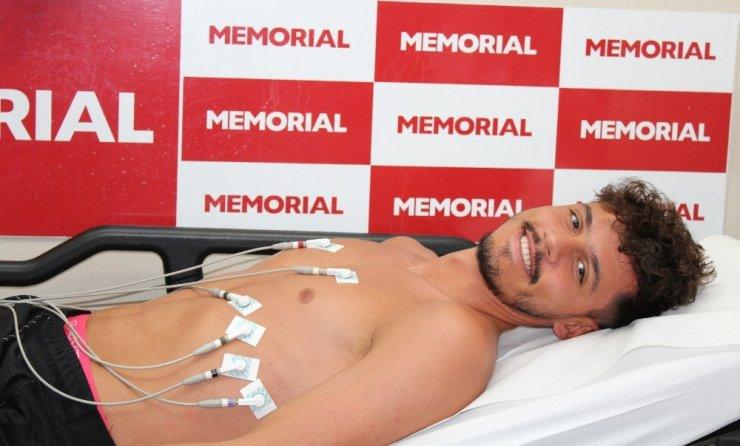 Antalyasporlu futbolcuların ve teknik heyetin sağlık kontrolleri yapıldı