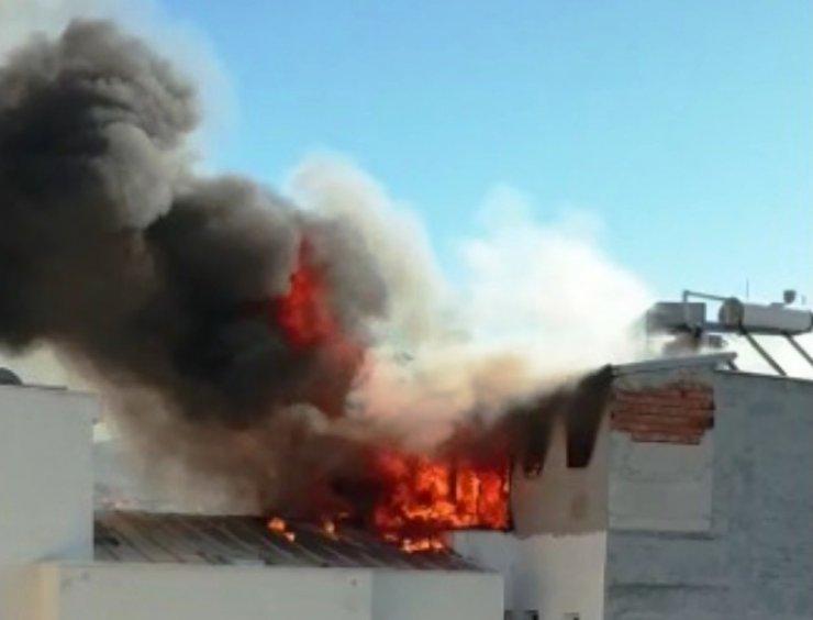Milli Eğitim Müdürlüğü öğrencilerin kaldığı binada çıkan yangınla ilgili soruşturma başlattı