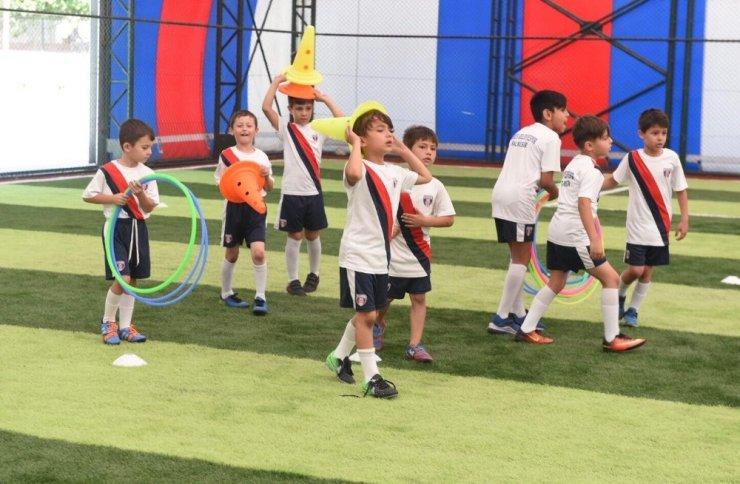 Başkan Orkan, Futbol Yaz Okulunda