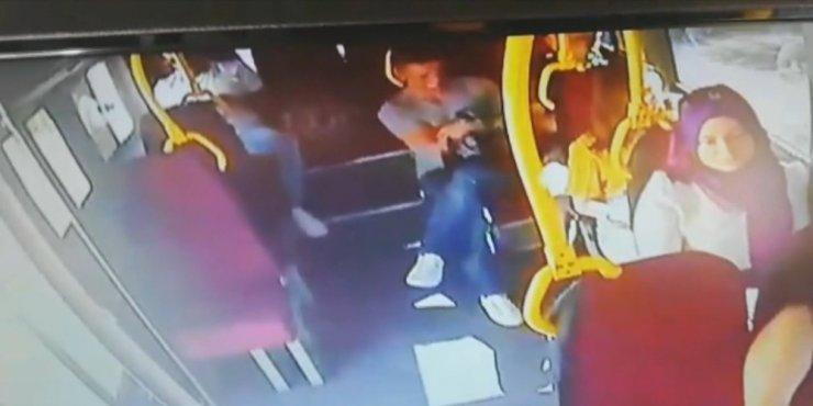 Hırsızın zevkten dört köşe olduğu an kamerada