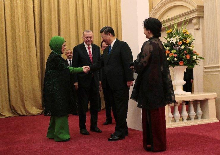 Erdoğan ve Xi aile fotoğrafında