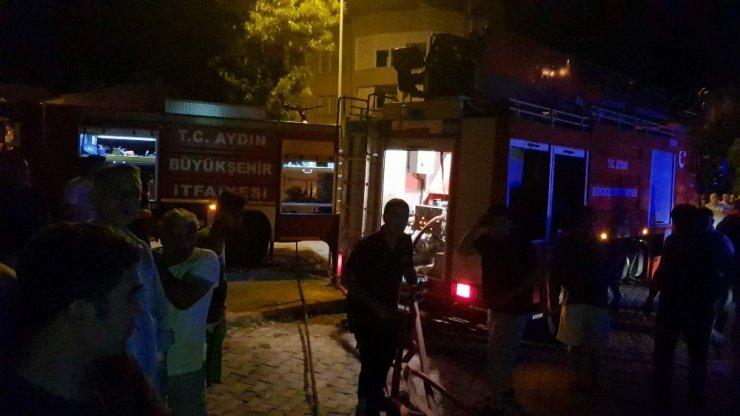 Nazilli'de yanan evde meydana gelen patlamalar panik oluşturdu: 2 yaralı