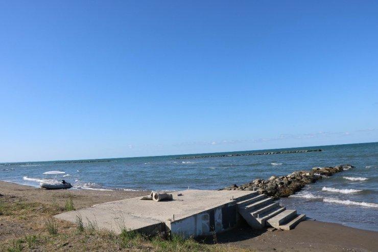 Karadeniz'de can pazarı: 3 kişi son anda kurtarıldı