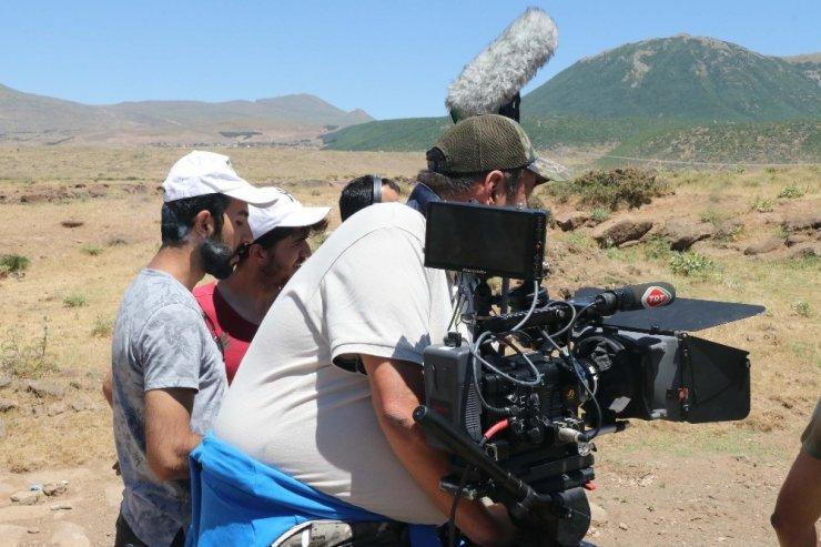 'Kardan Mürekkep' belgeselinin çekimleri devam ediyor