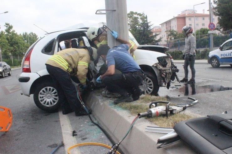 Kazada anne oğul ölümden döndü
