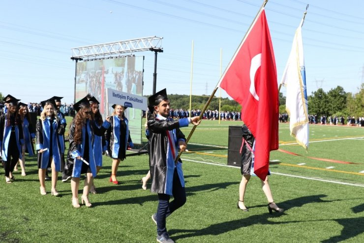 SAÜ'de mezuniyet heyecanı