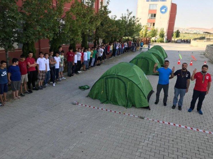 Aydınlı öğrenciler Van'da yaz kampına katıldı