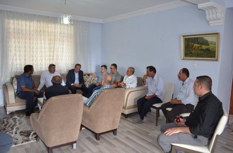 """Bünyan Belediye Başkanı Özkan Altun: """"Uyumlu Bir Çalışmayla Mahallemizin Eksiklerini Gideriyoruz"""""""