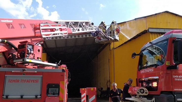 Bergama'da fabrikada kazan patladı