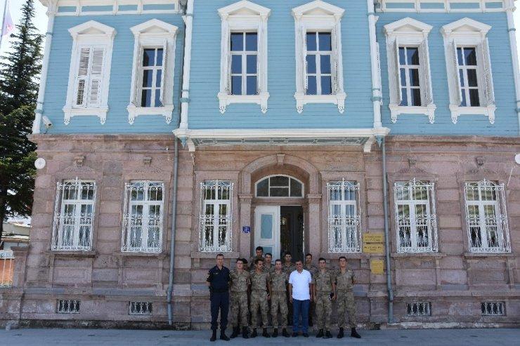 Akademi öğrencilerinden İl Müdürü Kemal Dokuz'a ziyaret