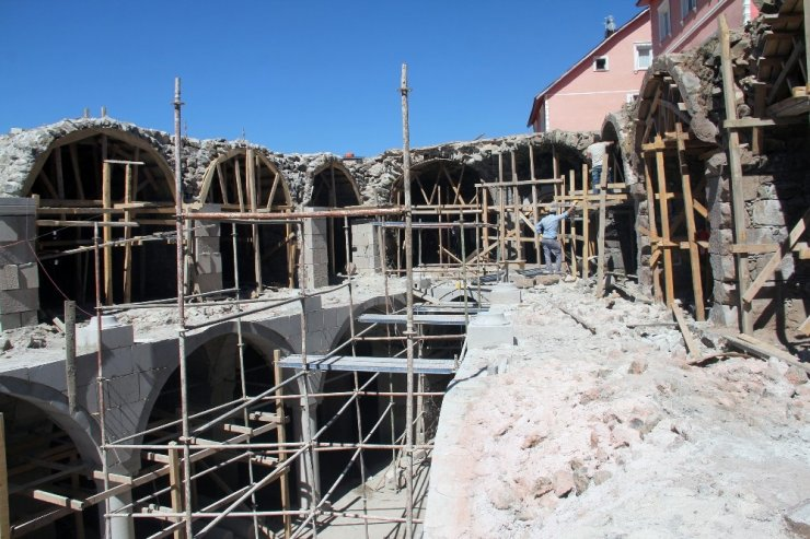 Tarihi Taşhan, restorasyondan sonra otel olarak hizmet verecek