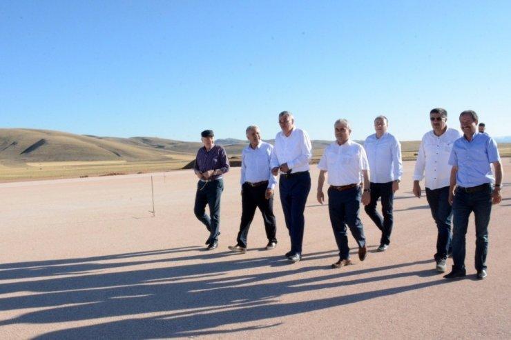 Gümüşhane-Bayburt havalimanında çalışmalar devam ediyor