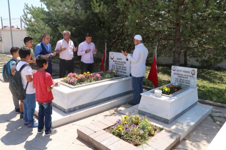 Şehit Bedirhan bebek mezarı başında anıldı