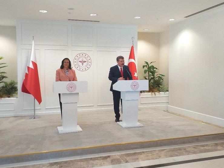 """Sağlık Bakanı Koca: """"SGK ile işbirliği içersin de verilen sağlık hizmetleri bakanlık olarak tespit eden bunu finansal yönden tespit eden yeni bir dönem başlıyor"""""""