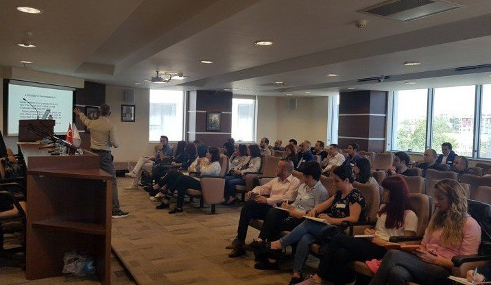 Trakya Üniversitesi Sürekli Eğitim Merkezi ve ETSO işbirliğinde liderlik eğitimi verildi