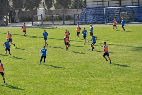 Karacabey Belediyespor, Nevşehir'e bilendi