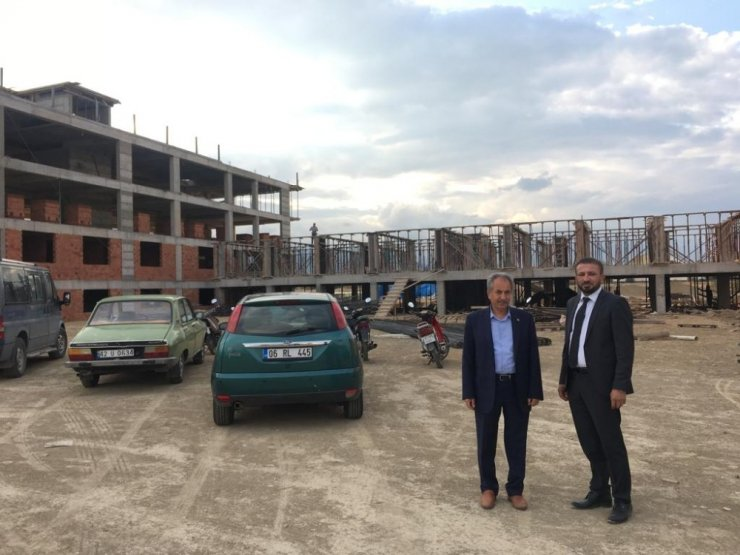 Başkan Akkaya, Engelli ve Yaşlı Bakım Merkezi inşaatını inceledi