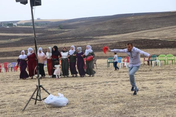 Hacire ana, PKK'nın elinden kurtardığı oğlunu evlendirdi