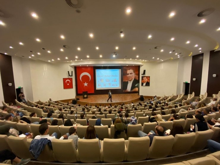 """""""Anne-Baba Okulu"""" Çanakkale'de start verdi"""