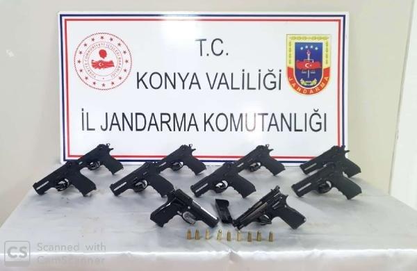 Beyşehir'deki operasyonda 10 tabanca ele geçirildi
