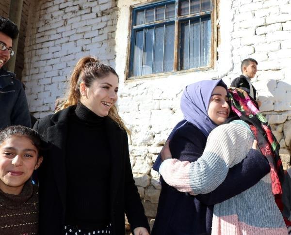 Van'da 18 bin öğretmenden aynı günde 75 bin aileye ziyaret