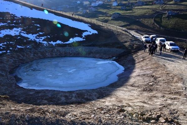 Dipsiz Göl'e su verilmeye başlandı