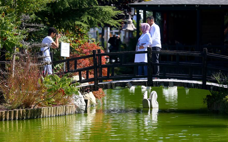 bu-park-japonyadaymis-hissi-uyandiriyor-3.png