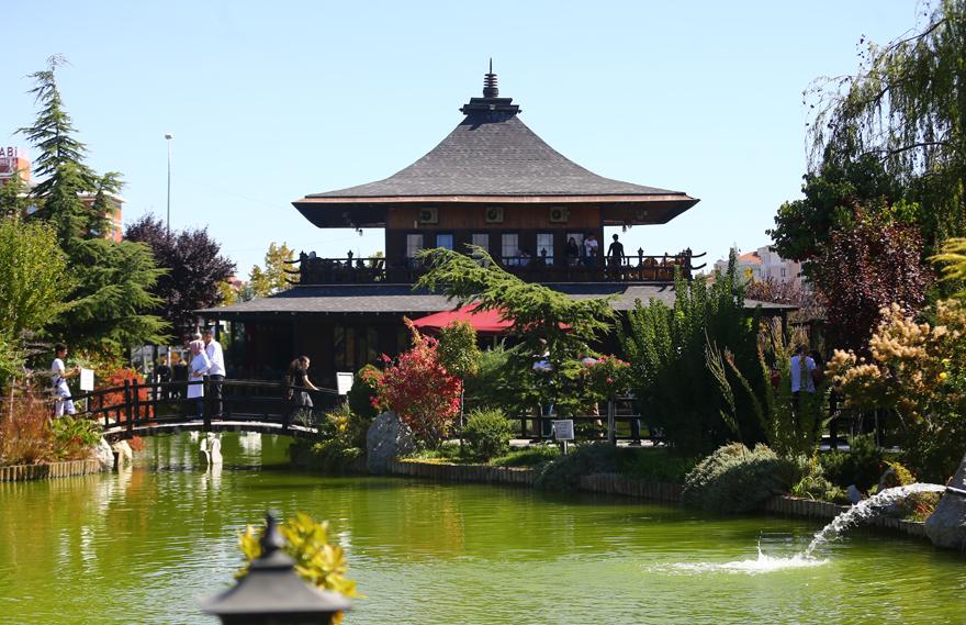 bu-park-japonyadaymis-hissi-uyandiriyor-5.png