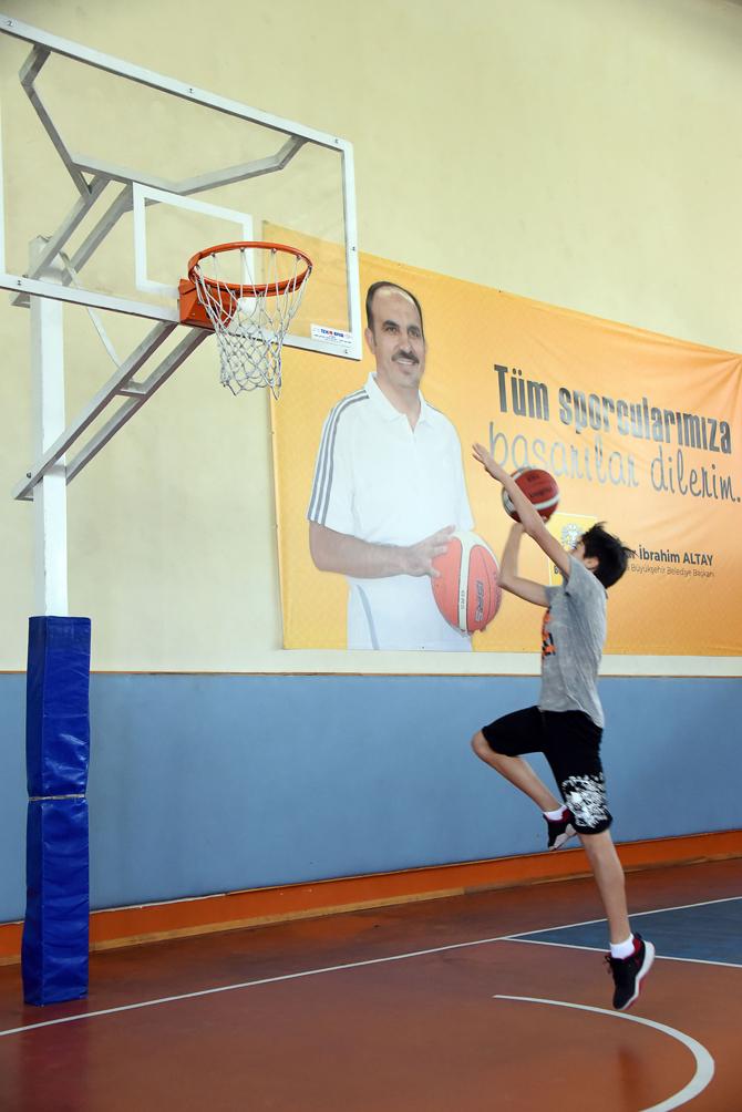 buyuksehir-gelecegin-basketcilerini-ariyor2.jpg