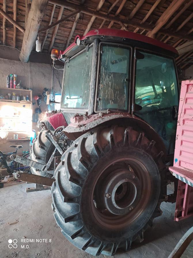 calinan-traktor-2.jpg