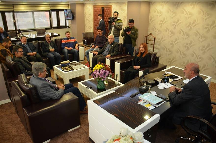 cemiyet-ak-parti-ziyaret-(1).jpg
