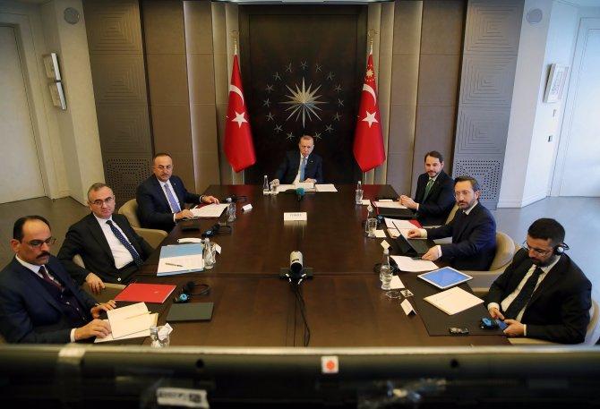 erdogan-g20-liderler-zirvesine-video-konferansla-katildi-2.jpg