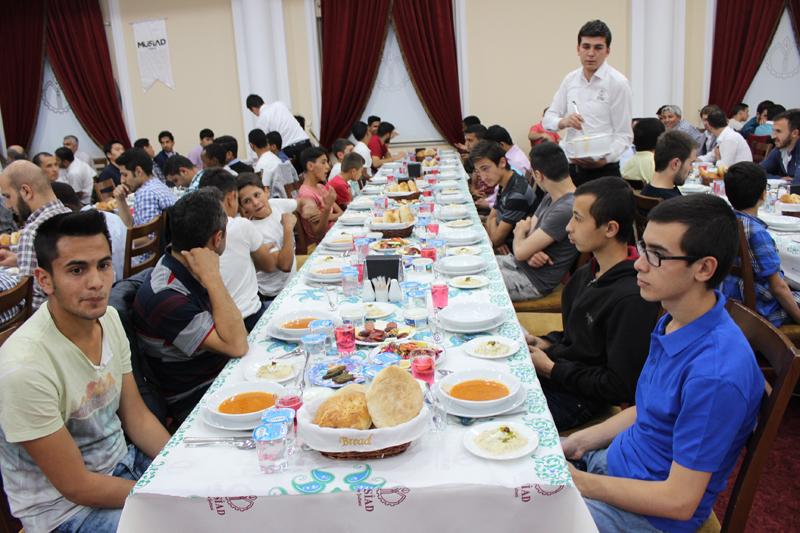 genc-musiad-iftar-(4).jpg