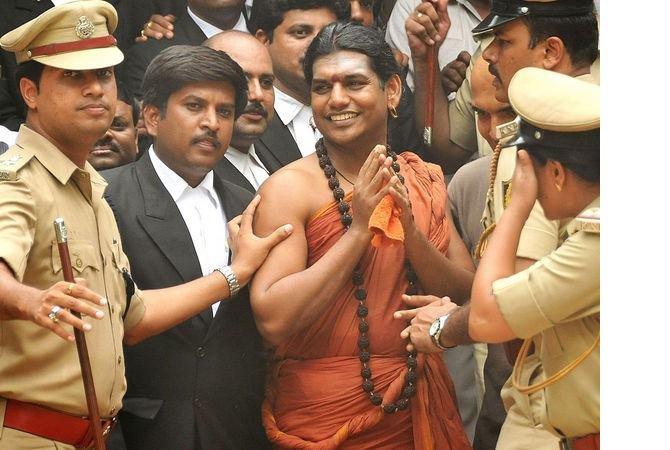 hindu-tarikat-lideri-nithyananda-3.jpg