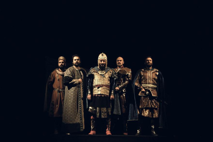 konya-devlet-tiyatrosu-(3).jpg