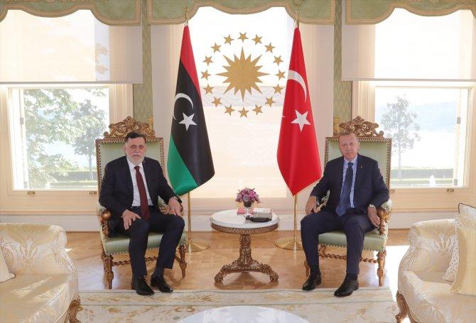 libya-basbakani-fayiz-es-serrac-2.jpg