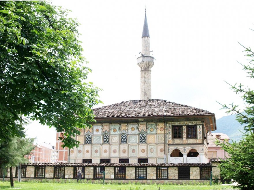 makedonya-alaca-camii.jpg