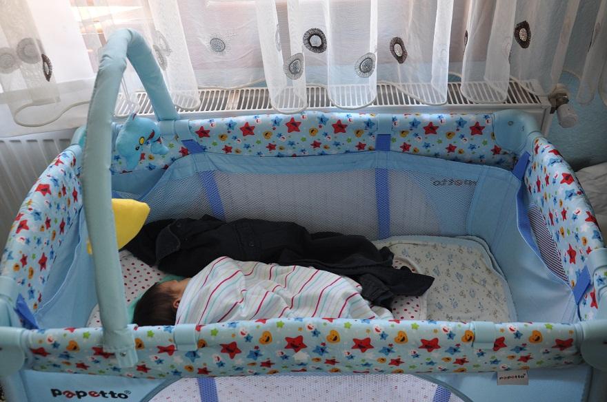 minik-gokce-sehit-babasinin-kokusuyla-uyuyor-2.jpg